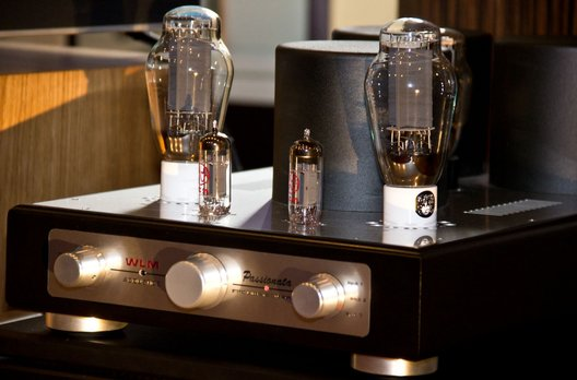 lust auf mehr und fotostrecke r ckschau zum klangschloss 2012. Black Bedroom Furniture Sets. Home Design Ideas