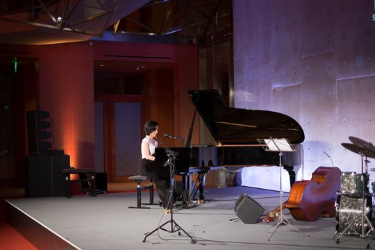 Michiko Ogawa, Director of Technics, ist eine begnadete Jazz-Pianistin.