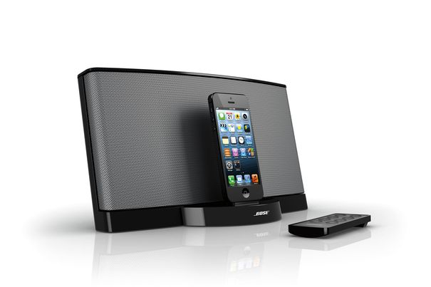 bose sounddock serie iii f r die neuen apple modelle. Black Bedroom Furniture Sets. Home Design Ideas